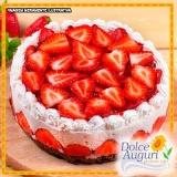 encomenda de bolo de morango sem açúcar Bauru